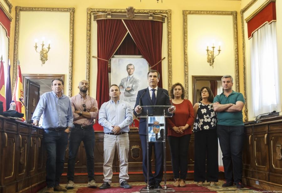 Guadaqué Román Deja El Ayuntamiento De Guadalajara Con La