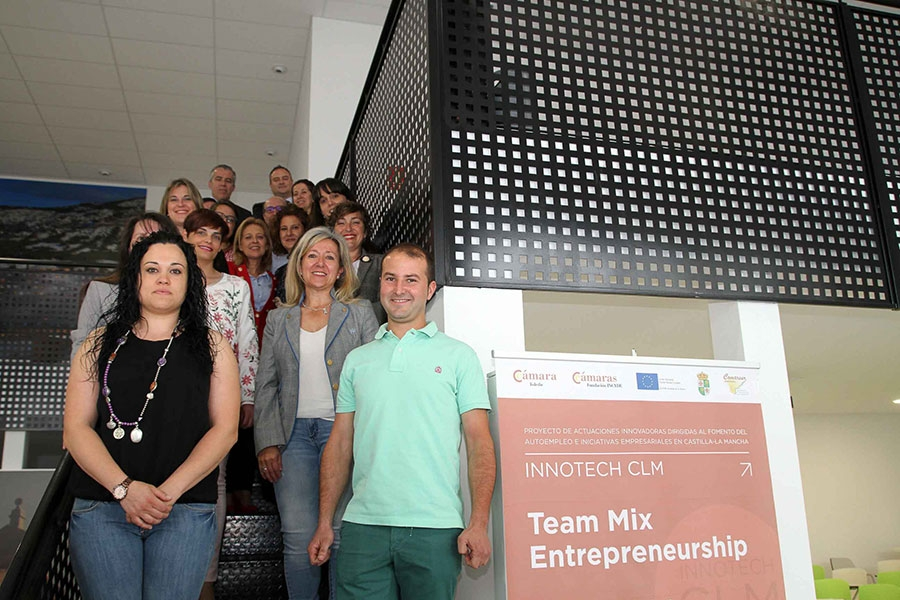 Curso 'Emprendedores Team Mix' en Almonacid de Zorita.