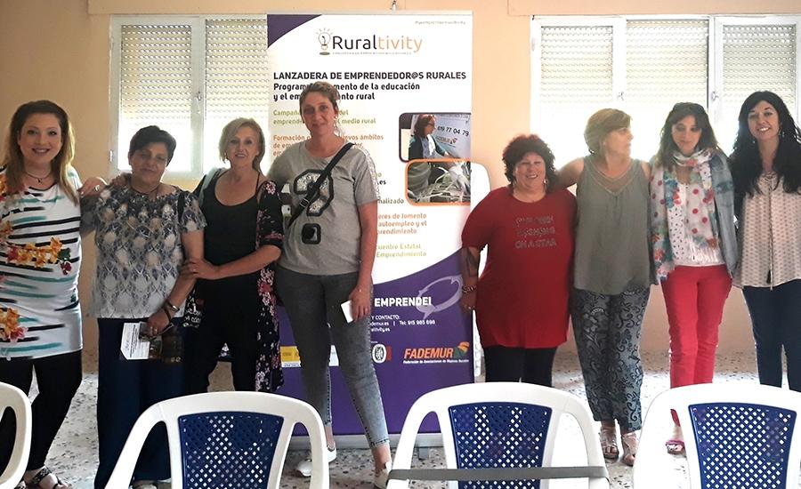 """""""Del Bosque a casa"""" iniciativa impulsada por la plataforma Ruraltivity de Fademur Castilla-La Mancha presenta su marca el próximo 3 de noviembre a las 13:30h en el pabellón municipal de Orea en Guadalajara."""